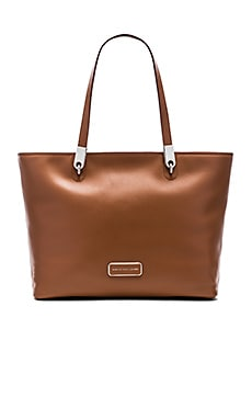 Marc by Marc Jacobs Ligero EW Tote in Cinamon Stick