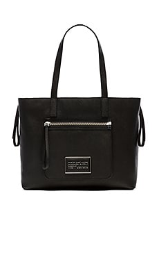 Marc by Marc Jacobs Zip It Saffiano Zipper Tote in Black