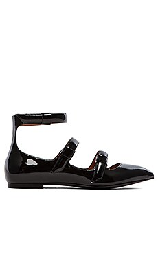 Marc by Marc Jacobs Seditionary Strappy Flats in Black