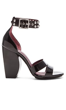 Marc by Marc Jacobs Jamie Heel in Black