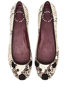 Marc by Marc Jacobs Constructed Mouse Flat in Natural