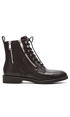 Marc by Marc Jacobs Montague Creeper Boot in Black
