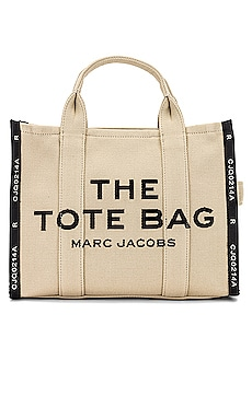 FOURRE-TOUT SMALL TRAVELER Marc Jacobs $295 Collections