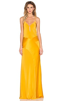 V Neck Gown en Mangue