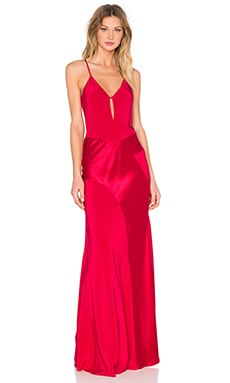 V Neck Gown en Cranberry