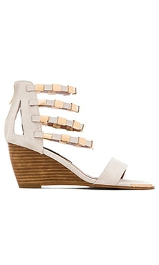 Matiko Karyn Wedge Sandal in White & Gold