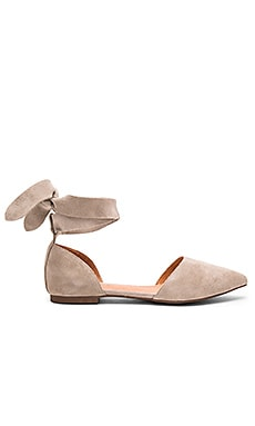 Matiko Rey Flats in Light Taupe
