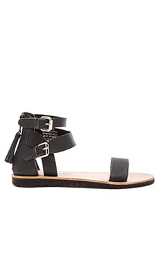 Matisse Stance Sandal in Black