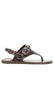 Matisse Ringo Sandal in Black