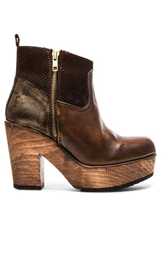 Matisse Esme Bootie in Brown