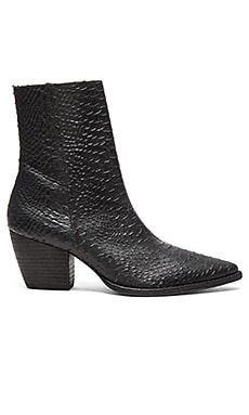 Matisse Caty Boot in Black