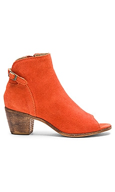 Folk Bootie in Rust