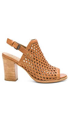 Matisse Centered Heel in Natural