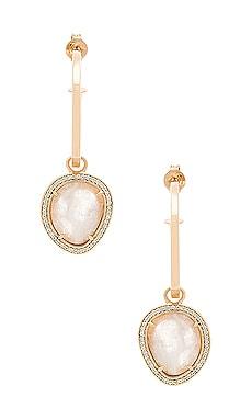 Купить Серьги-кольца stone huggies - Melanie Auld, Золотой, Китай, Металлический золотой