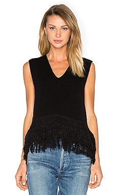 Fringe V Neck Tank en Darkest Black