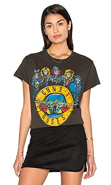 Guns N Roses Circle Tee in Dirty Black