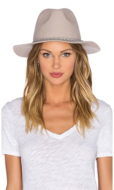 She's Twisted Fedora en Oyster