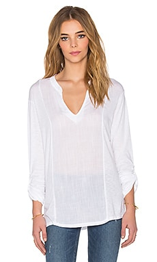 Long Sleeve Split Neck en Blanc