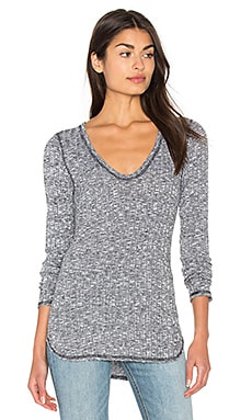Long Sleeve U Neck Unfinished Edge Top in Heather Grey