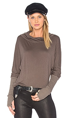 Luxe Slub Cowl Neck Top en Khaki Green