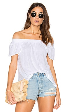 Luxe Off Shoulder Tee en Blanc