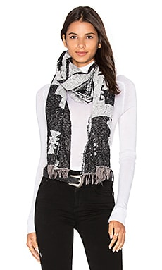 Mesa Steps Blanket Scarf in Black
