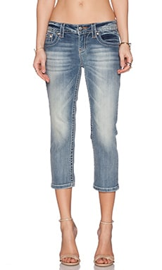 Miss Me Jeans Capri in MED 292