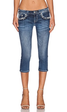 Miss Me Jeans Cuffed Capri in MED 296