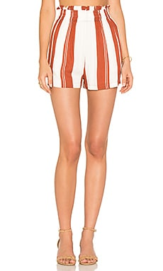 Stripe Paper Bag Shorts en Blanc & Rouge