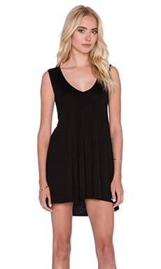Michael Lauren Diamond V Neck Dress in Black
