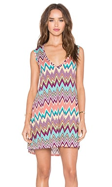 Michael Lauren Diamond V-Neck Sleeveless Dress in Silk Zig