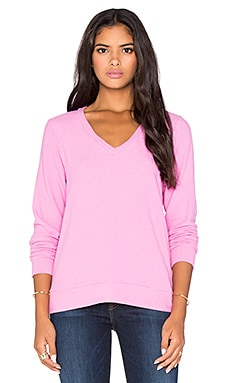 Michael Lauren Gregory V Neck Sweatshirt in Pink Shortcake