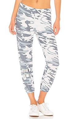 Фото - Спортивные брюки nate - Michael Lauren синего цвета
