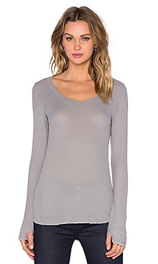 Michael Lauren Heller Scoop Neck Thumbhole Tee in Willow Grey
