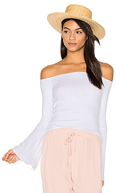 Hyatt Off Shoulder Bell Sleeve Top en Blanc