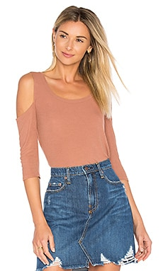 Renzo Scoop Neck Tee in Chai