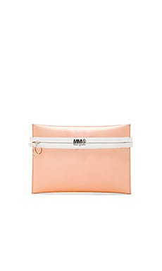 Clutch in Light Pink