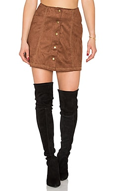 Tate Skirt en Tan Twin Stich Suede