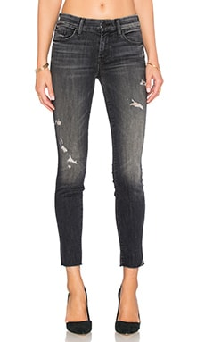 JEAN CROPPED LOOKER ANKLE FRAY