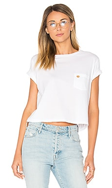 T-SHIRT CROPPED UNE POCHE T TIME