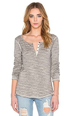 Maison Scotch Bonded Iconic Henley in Grey Mel