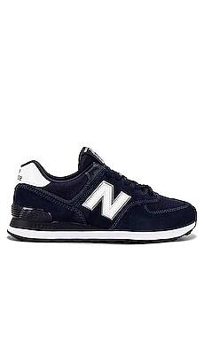 574 New Balance $80