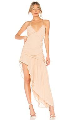 Фото - Присборенное асимметричное платье sweet lies - NBD цвет беж