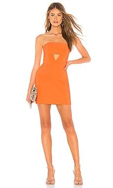 Фото - Мини-платье без бретель emma - NBD оранжевого цвета