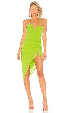 Фото - Вечернее платье без бретелек virgilia - NBD зеленого цвета