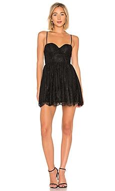Купить Облегающее сверху платье-мини с широким низом peter - NBD черного цвета