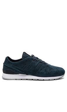 New Balance L696 in Navy