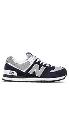 New Balance M574 in Navy
