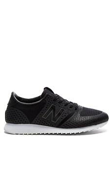 New Balance 420 Re-Engineered Sneaker in Black