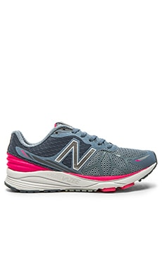 New Balance Vazee Pace Performance Sneaker in Grey & Pink